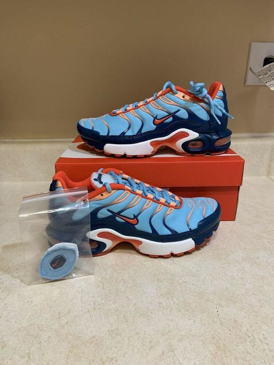 Nike Air Max Plus Gs Athletic Sneakers Blue Force Orange Size 6y