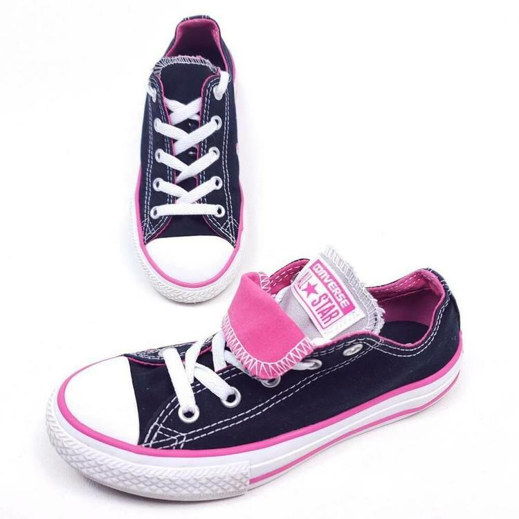 Sneakers Pink Black Low Top Lace