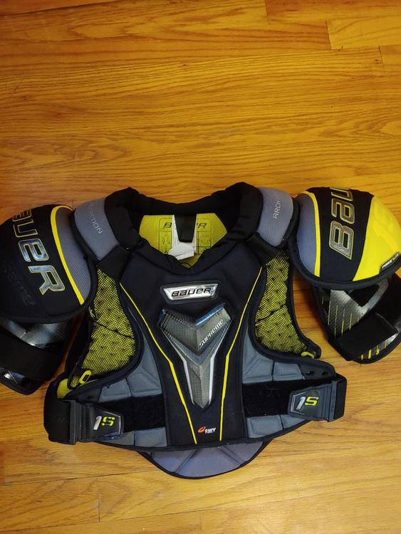 Senior Small Supreme 1s Shoulder Pads