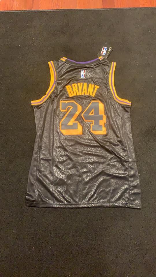 Nike Brand new Kobe Bryant Black Mamba
