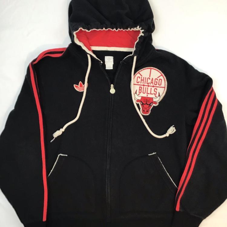 Gemidos Año Nuevo Lunar Consciente de  Adidas Vintage Chicago Bulls zip up Hoodie   Apparel Sweatshirts & Hoodies
