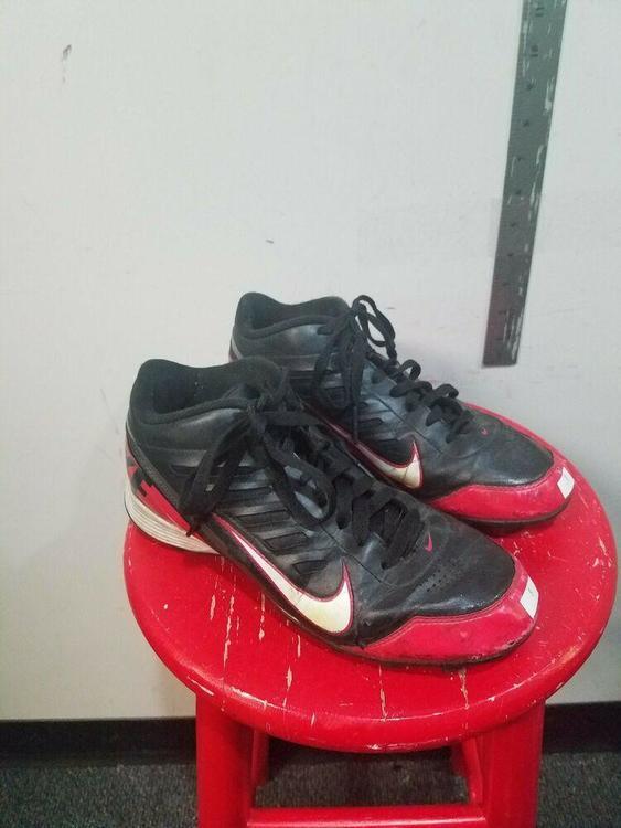 Nike Land Shark US Size 8 | Football Cleats