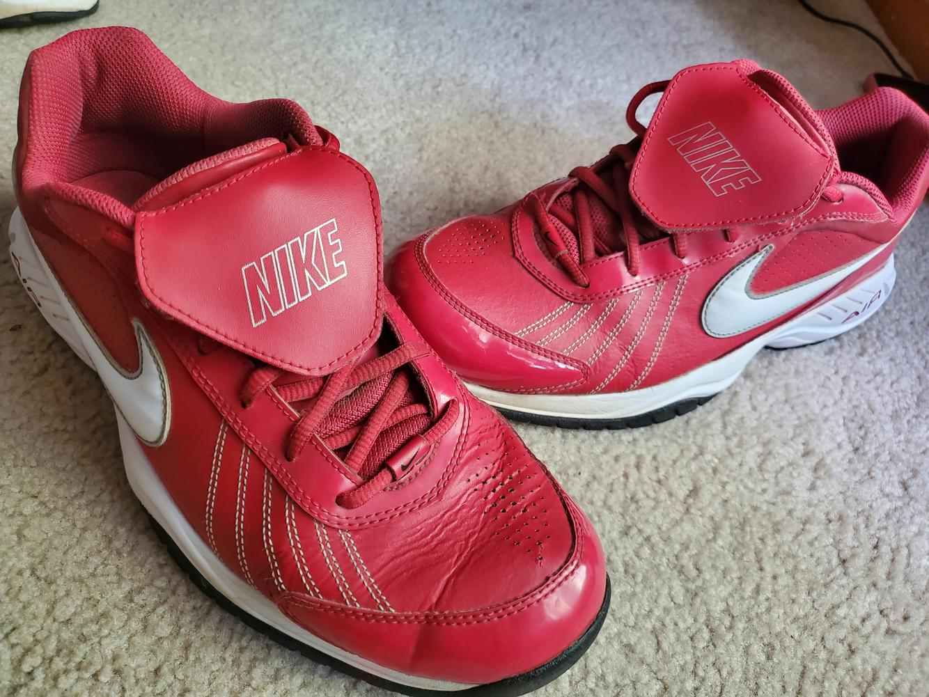 Nike turf coaches shoes red sz 11