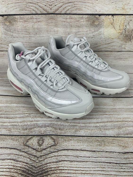 black cap toe shoes Amazon com TOMS Women s Sunrise Suede Slip On Shoes Fashion Sneakers