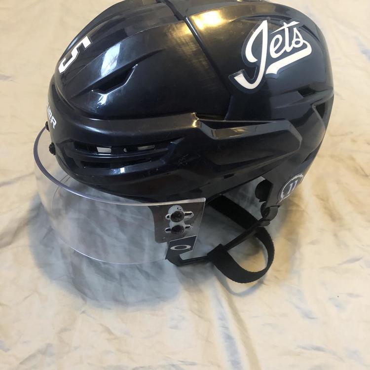 Bauer Winnipeg Jets Dmitri Kulikov Game Practice Used Helmet Hockey Helmets
