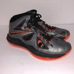 Nike Used Senior 9.5 | Basketball Shoes