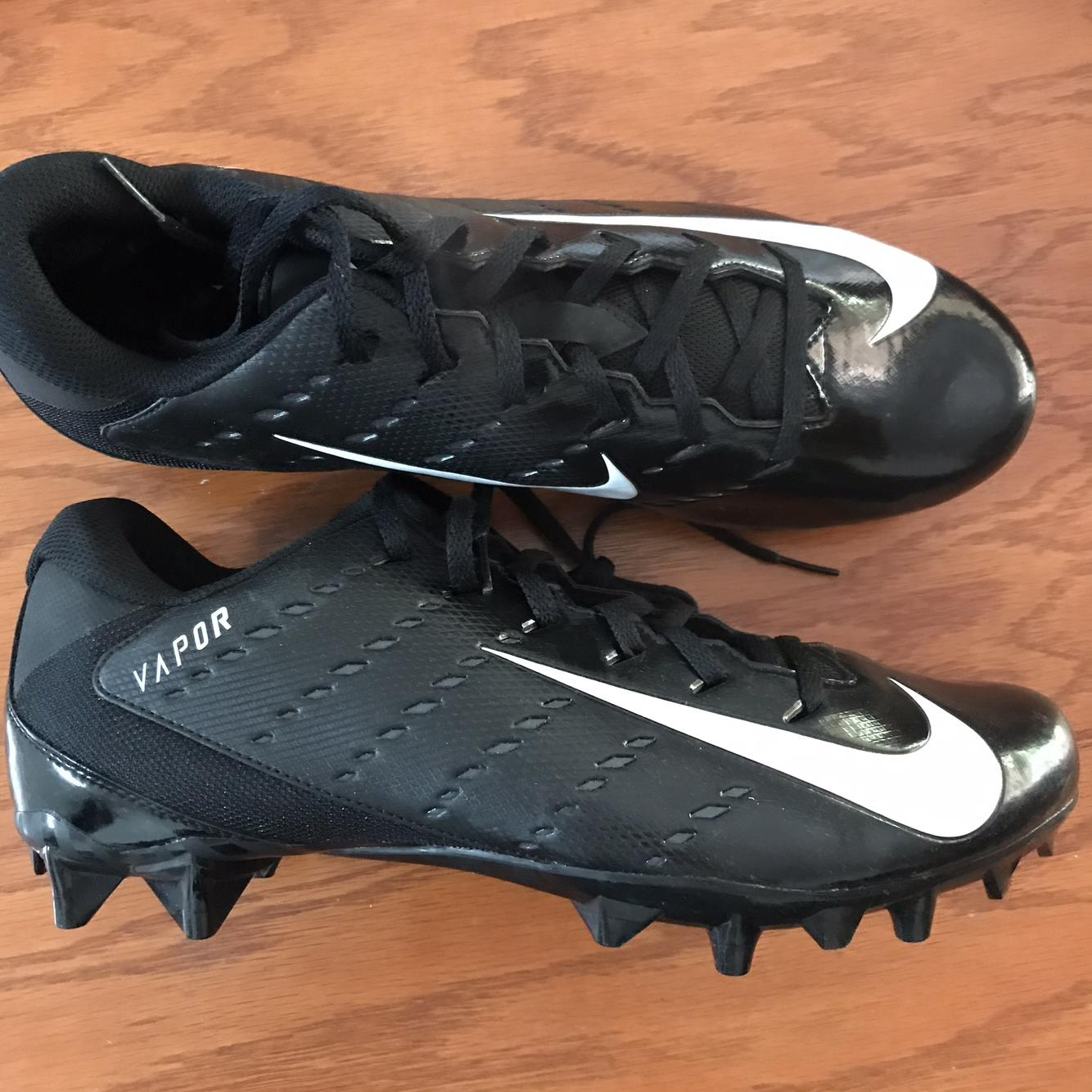 Nike New Size 11 Vapor   Football Cleats