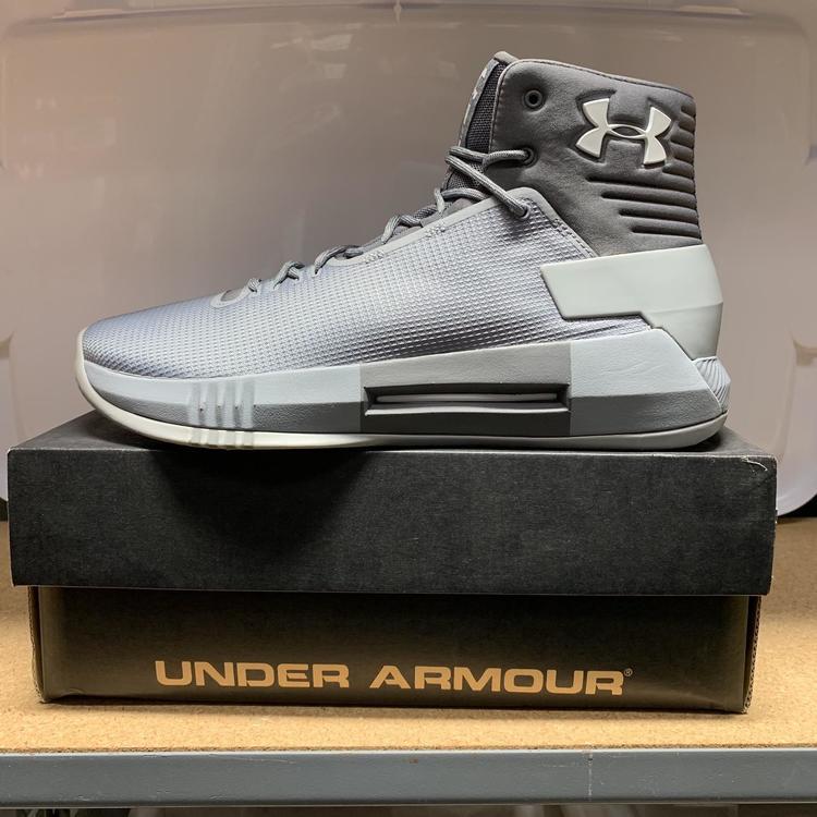 Under Armour Drive 4 Shoe Size 13