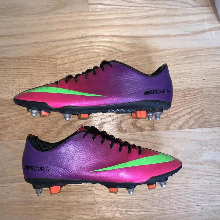 Prueba de Derbeville matiz Posada  Nike Mercurial Vapor IX SG Size 10   Soccer Footwear
