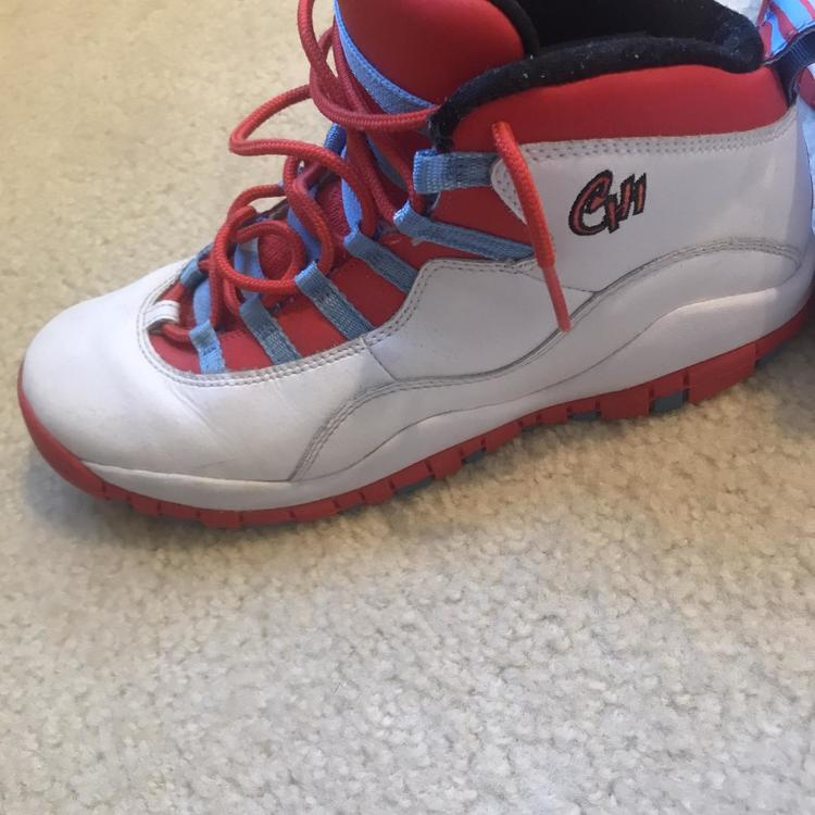 White Kid's Size 6.5 (Women's 7.5) Air Jordan Shoes   SidelineSwap