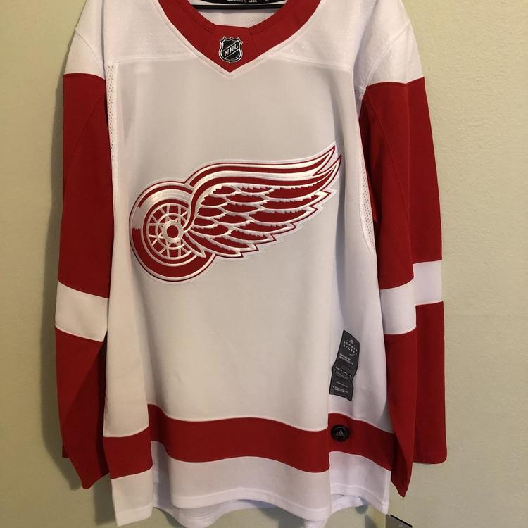 Adidas NHL Detroit Red Wings Authentic Away Hockey Jersey Size 50