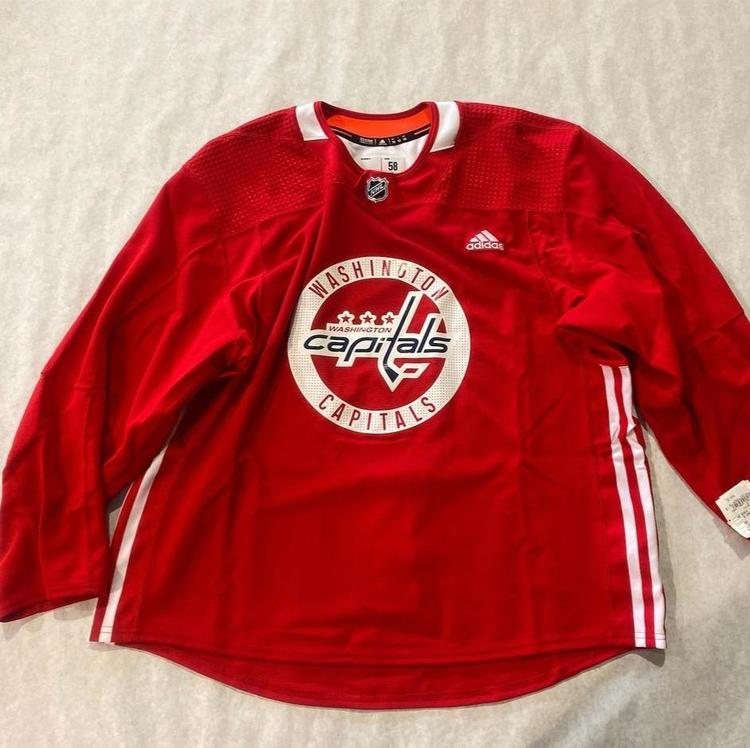 Red Adult Size 58 Adidas Team Issued Washington Capitals Authentic Practice Jersey Made in Canada