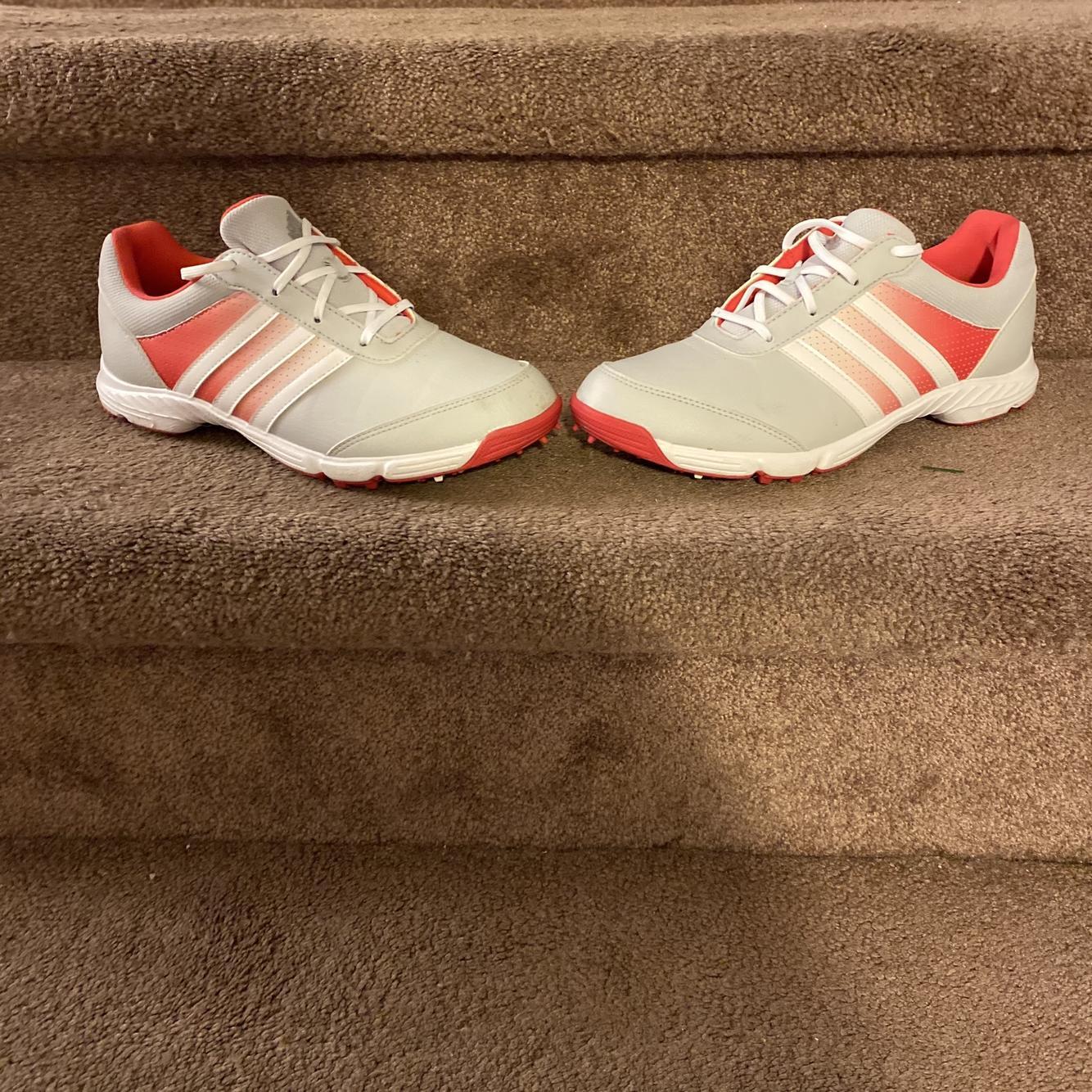 Women's Size 7.5 (Women's 8.5) Adidas Golf Shoes | SidelineSwap