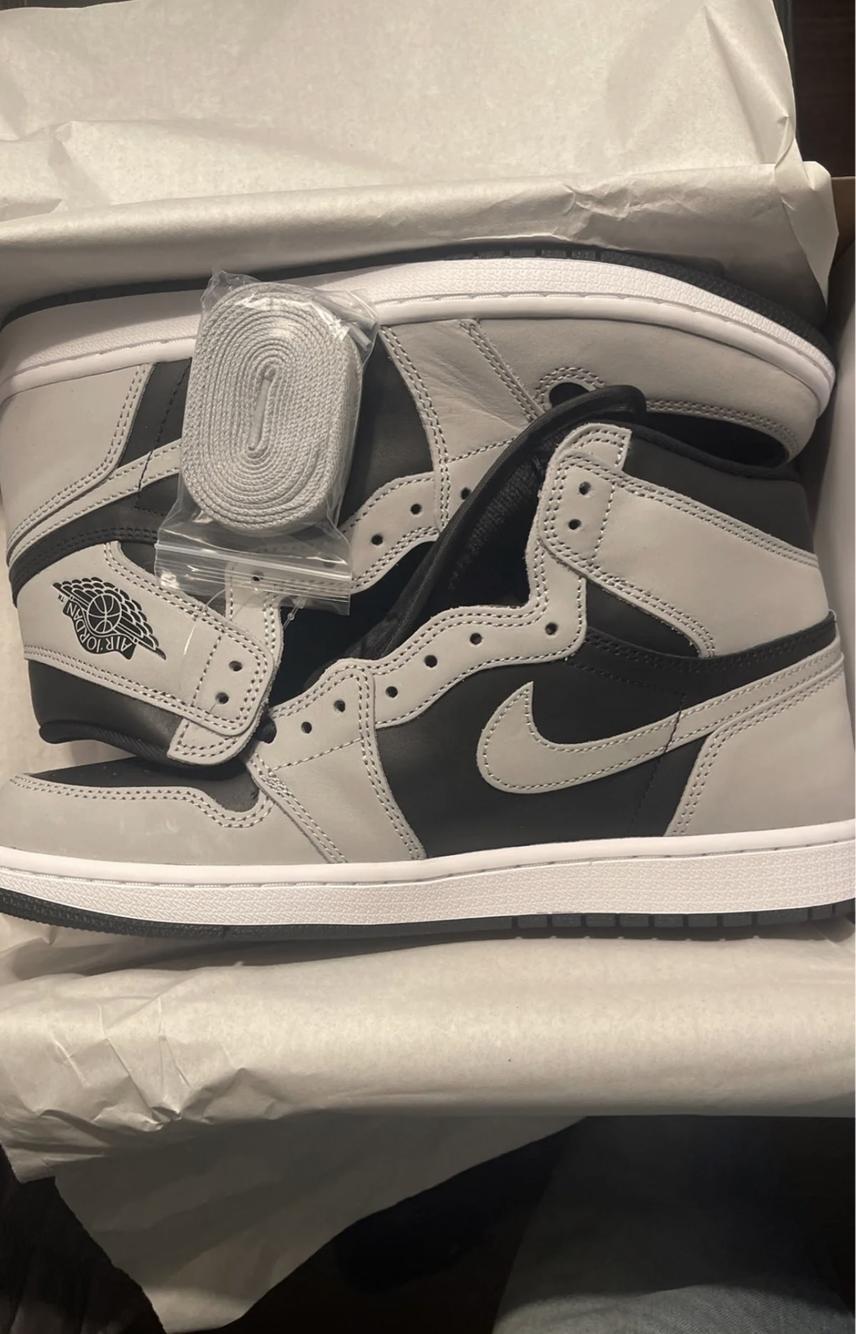 Black Men's Size 10 (Women's 11) Air Jordan Shoes