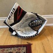 CCM Premier II Glove 590 Break