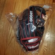"New Wilson Right Hand Throw A2000 Baseball Glove 11.5"""